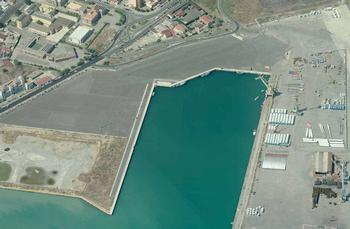 THE NEW PORT IN CROTONE